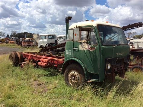 volvo truck parts volvo f86 truck tractor parts wrecking