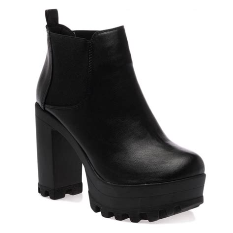 black boots hettie black ankle boots