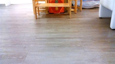 pvc boden reinigen flecken lack auf laminat oder pvc frag mutti