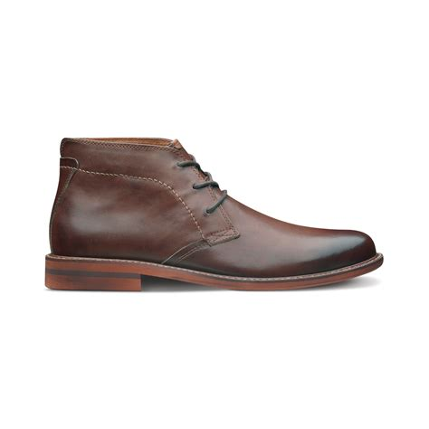 brown chukka boots florsheim doon leather chukka boots in brown for lyst