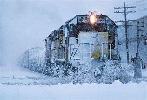tren de invierno 8415784805 trenes en paisajes de invierno friki net