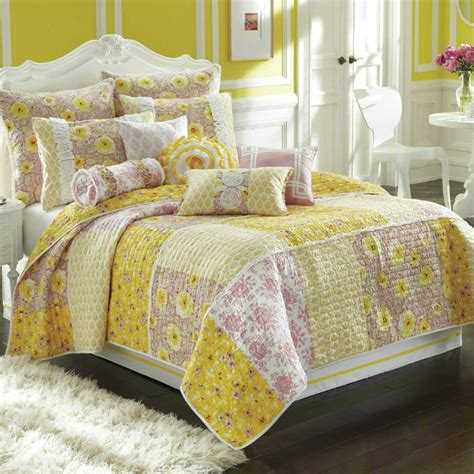Bed Quilt Sets by 20 Best Multi Colored Bedding Sets Decoholic