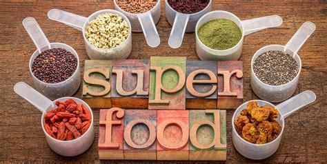 superfood la bibbia scoprire e cucinare i alimenti biologo nutrizionista maurizio tommasini dieta salute