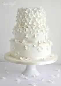 wedding cake ideas images 2 delicate wedding cakes modwedding