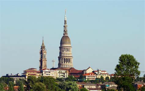 cupola di novara la basilica di san gaudenzio a novara la sorellina