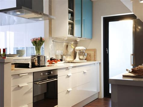 Ideas For Small Kitchen Spaces Small Kitchen Design Uk Dgmagnets