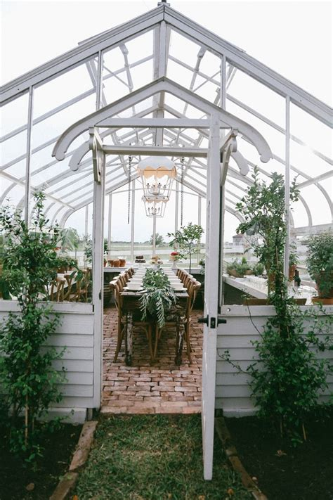 joanna gaines greenhouse 17 best ideas about farmhouse garden on pinterest