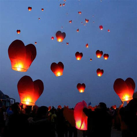 Paper Lanterns That Fly - 20 paper lanterns sky fly candles ls