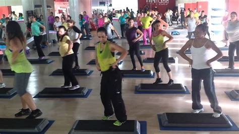 zumba steps bailando zumba step nancy soria bailando enrique iglesias youtube