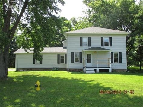 houses for sale flushing mi 8209 carpenter rd flushing michigan 48433 foreclosed home information foreclosure