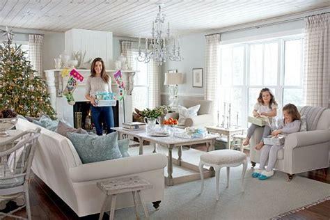 sarah richardson living room sarah richardson s home for the holidays