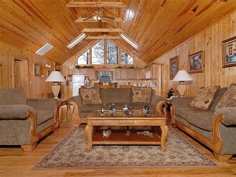 5 bedroom cabins in pigeon forge tn honey for the bears 4 bedroom 3 bathroom cabin rental
