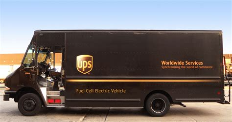 truck with meet the ups class 6 fuel cell truck with a 45 kwh battery