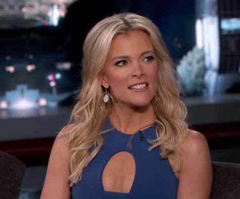 does megan kelly have extensions uinher hair megyn kelly salary net worth husband wiki height age