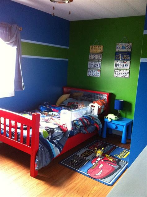 Blue And Green Boys Bedroom by Great Painting Idea For Boys Room Who Do I That