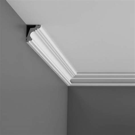 Crown Ceiling Molding by Crown Molding With Cathedral Ceilings Studio Design