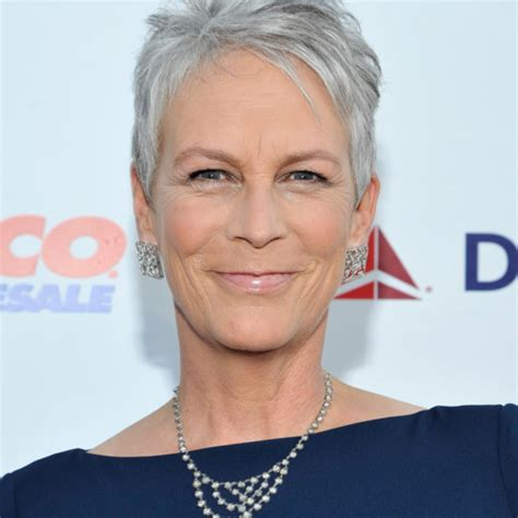 what does jamie lee curtis do to her hair jamie lee curtis pens blog about addiction vulture