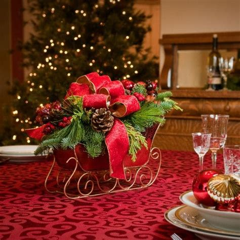 santa sleigh table decoration santa s sleigh fresh wreaths centerpieces