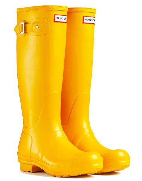 yellow boots iluvmuddywellies a s take on wellies