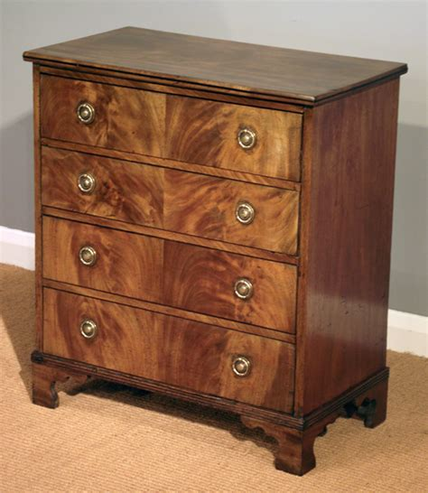Small Antique Chest Of Drawers by Small Antique Mahogany Chest Of Drawers Antique Chest Of