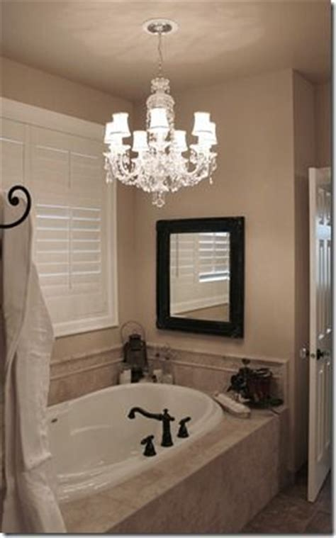 Light Above Bathtub by Best 25 Tile Tub Surround Ideas On Bath Tub