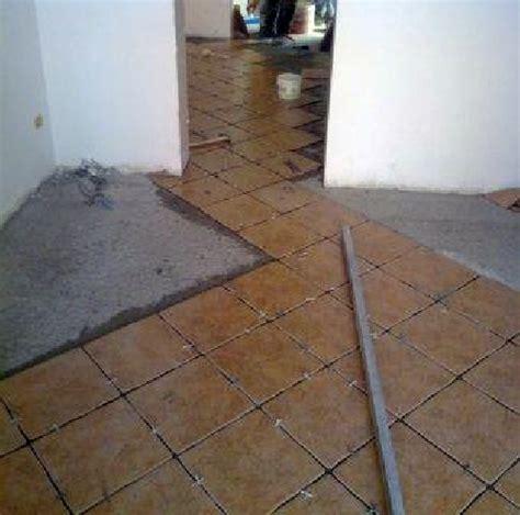 posa in opera pavimento foto posa in opera di pavimenti di edil service 73945