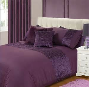 Aubergine purple colour stylish crinkle textured faux silk duvet cover