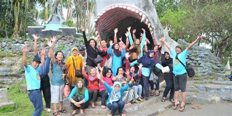 Paket Wisata Pangandaran Rafting Green Tour Pangandaran harga paket tour bandung wisata pangandaran operator rafting guha bau