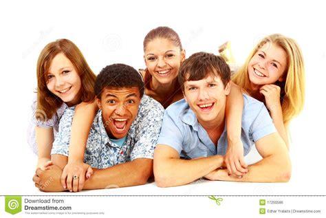 imagenes de grupos alegres grupo alegre de gente joven imagen de archivo libre de