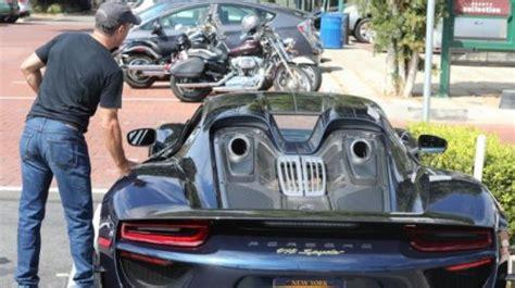 seinfeld porsche 918 jerry seinfeld sports a stunning porsche 918 spyder