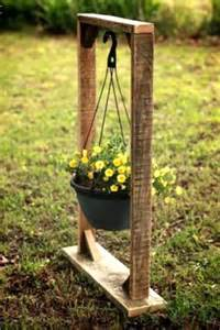 Hanging Pot Stand 130 Inspired Wood Pallet Projects