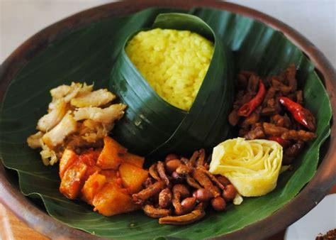 cara membuat nasi uduk kuning dengan rice cooker 4 resep nasi uduk modifikasi menu sarapan maknyus