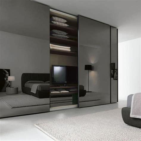 garderobe aus glas wardrobe closet glass wardrobe closet