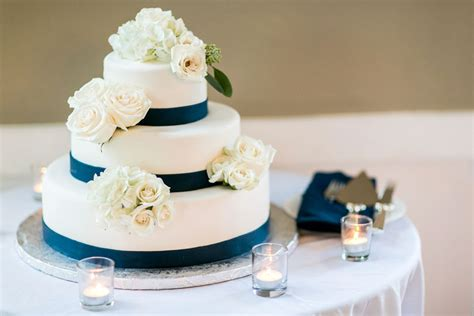 types of wedding cakes flavors wedding and bridal inspiration
