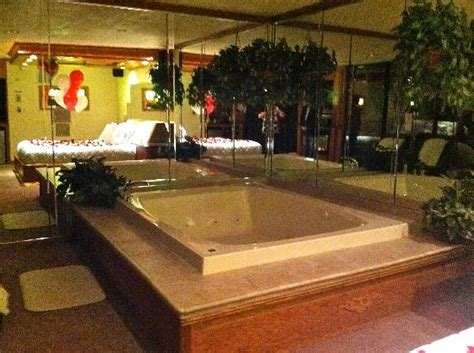 biggest bathtub the paradise swimming pool suite picture of sybaris