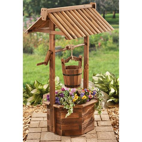 castlecreek wood wishing well planter 657801 yard