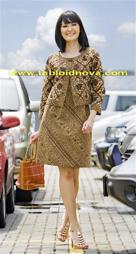Outer Sogan 4 batik sogan state of style chic hair and dresses