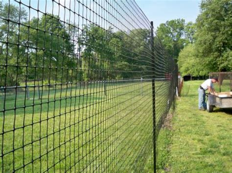 backyard electric fence how to set up and use a temporary electric fence for cattle