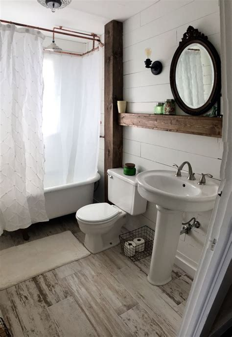 farmhouse bathroom best 25 farmhouse style bathrooms ideas on pinterest