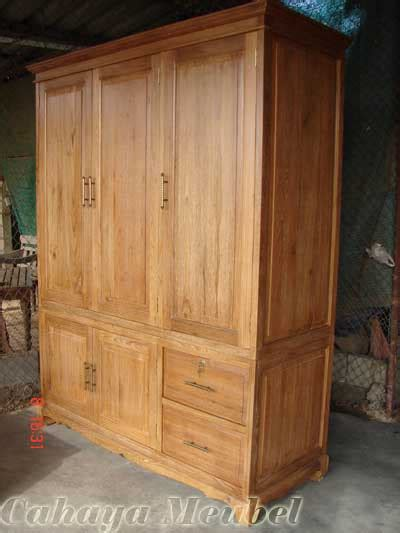 Lemari Kayu Dua Pintu lemari pakaian 3 pintu mewah kayu jati lemari pakaian