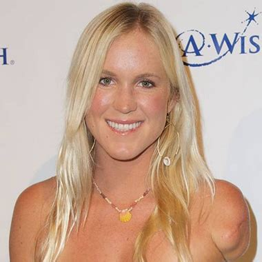 biography of bethany hamilton biography about bethany hamilton know bethany hamilton
