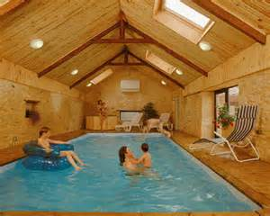 maison avec piscine d int 233 rieur dordogne maison de caract 232 re
