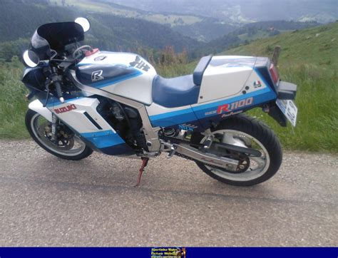 1986 Suzuki Gsxr 1100 by 1986 Suzuki Gsx R 1100 Moto Zombdrive