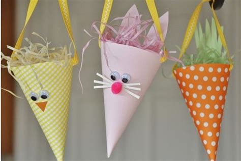 Easter Decorations To Make Out Of Paper - do it yourself paper easter decorations