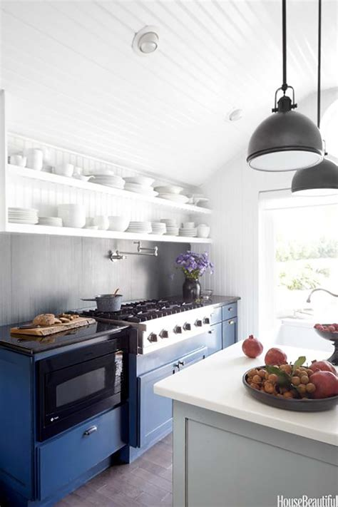 Navy Blue Kitchen Cabinets by Country Cut Paste De Moda