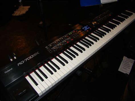 Keyboard Roland Rd 700gx roland rd 700gx image 125573 audiofanzine