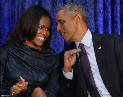 michelle obama news the obamas portraits are unveiled at the national gallery