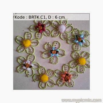 Bros Handmade Handmade Brooch Bros Rajut Souvenir Pernikahan 9 aneka souvenir bros rajut bros renda bros pita korsase