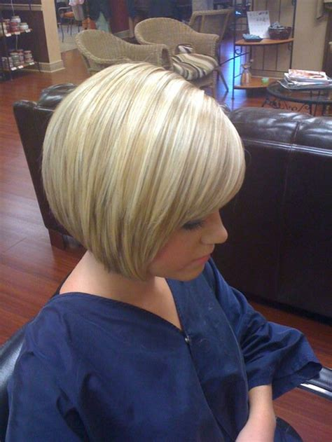 blonde bob growing out growing out a stacked bob short hairstyle 2013