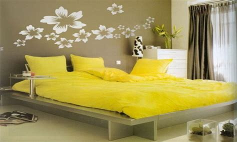 yellow themed bedroom ideas wall painting design for bedrooms yellow themed bedroom